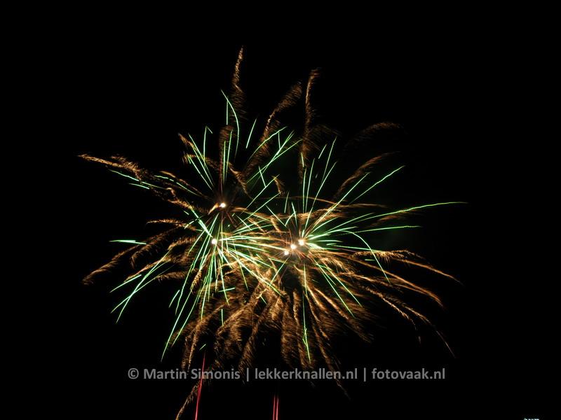 151228_037_vuurwerkshow_lekkerknallen_denhaag